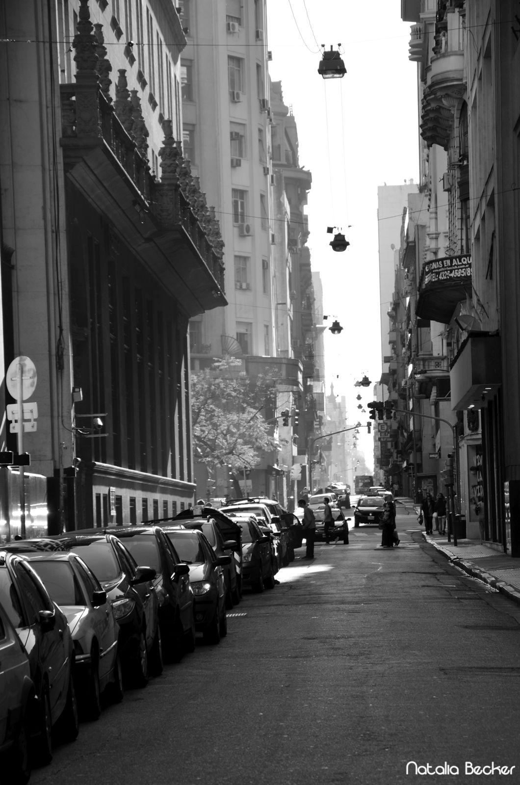 Calle San Martín, Buenos Aires    Fotografía: Natalia Becker www.facebook.com/NataliaBeckerFoto  Para Fotos de Buenos Aires www.facebook.com/FotosdeBuenosAires