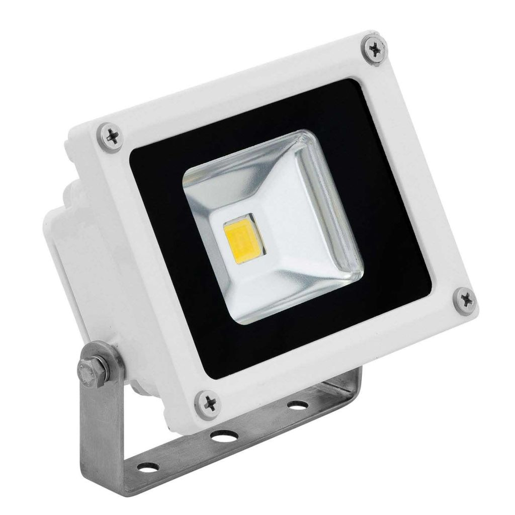 Led Flood Light Featuring Top Quality Bridgelux Chips This Gem Will Provide Superior Accent Lighting For Led Flood Lights Flood Lights Led Parking Lot Lights
