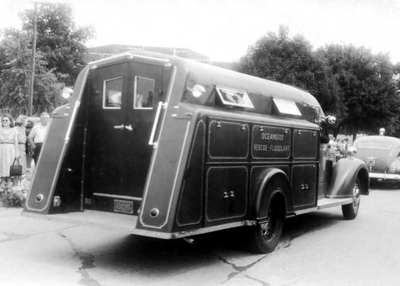 us Oceanside LI, NY FD Diamond T +  Approved Rescue & Lighting 1938