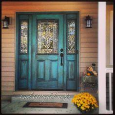 turquoise front door brown house - Google Search #walkwaystofrontdoor