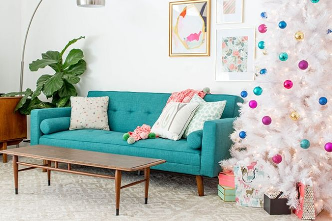 How To Decorate Your Living Room For Christmas dreamgreendiy +