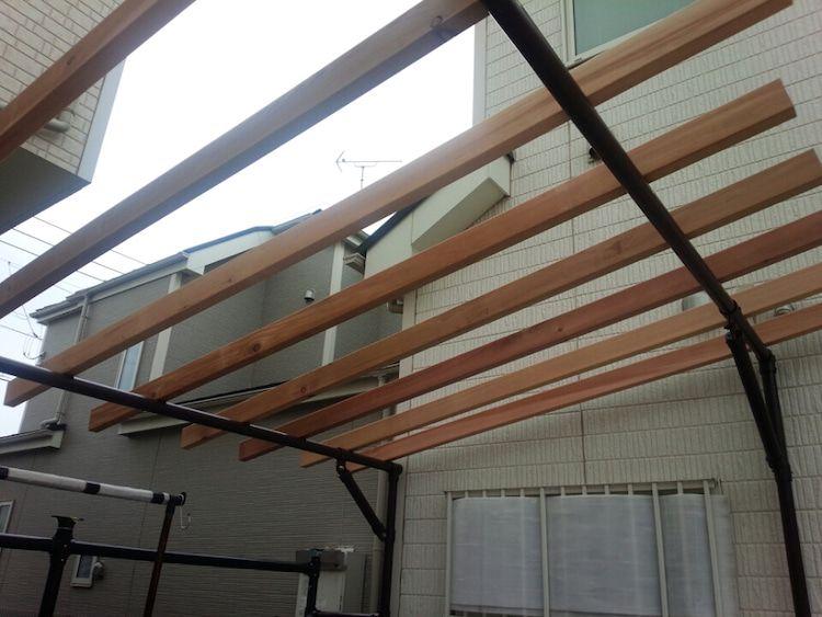 単管パイプサイクルポート製作記 屋根下地材 木材加工 塗装編 単管