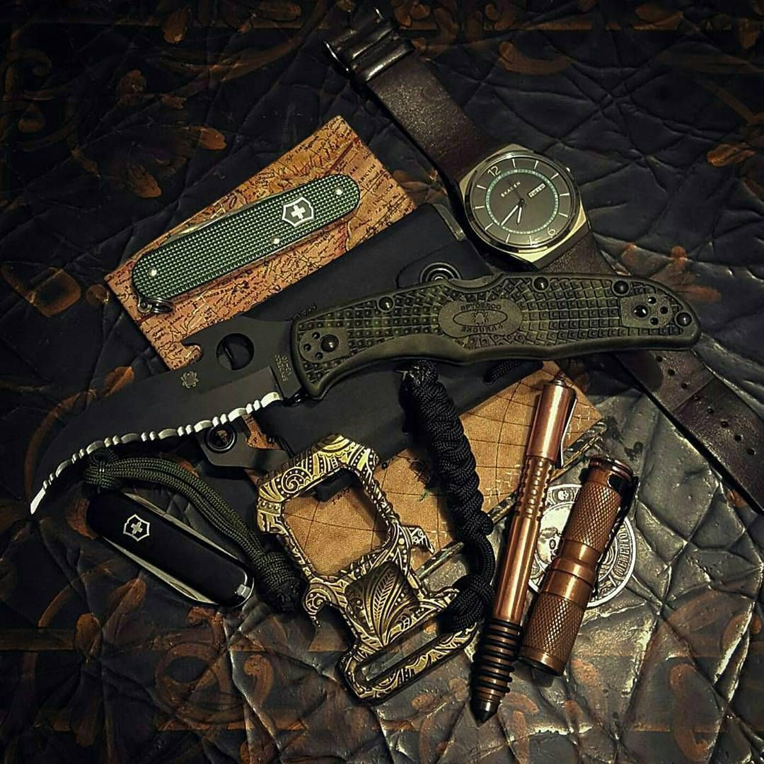 """106 Likes, 2 Comments - Extreme Gentleman® (@extremegentleman) on Instagram: """"Photo from @cogitolobo -  Tomorrow's carry... #matriarch2 #sakcadet #ti2shiner #matthewmartinpen…"""""""
