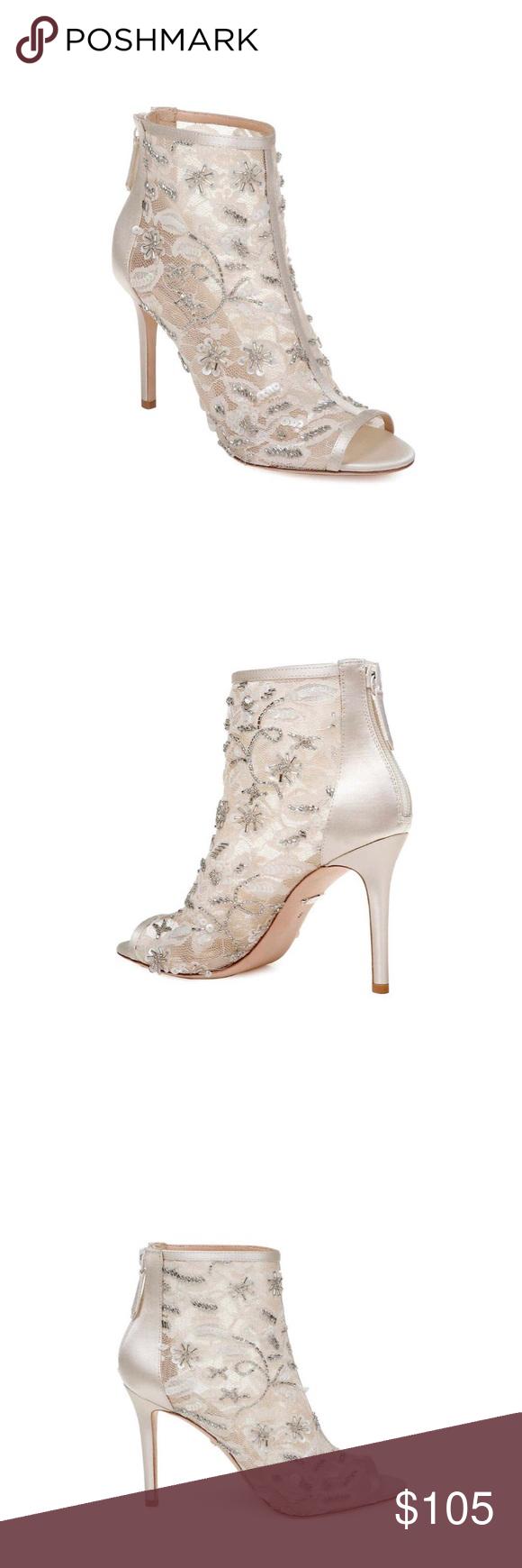 Peep toe bootie, Badgley mischka shoes