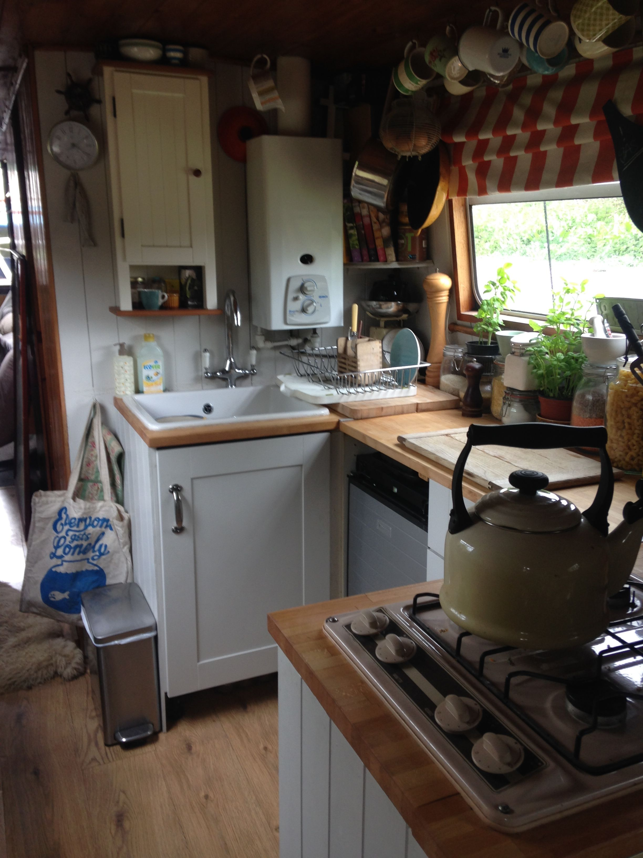 Our new kitchen on Narrowboat Saving Grace. | Canal boat ...