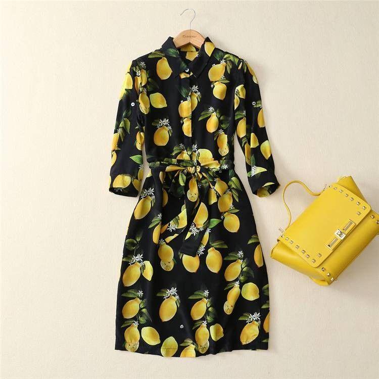 df40105df0b7 Коктейльное платье женское черное с рисунком лимонов Dolce&Gabbana с ...