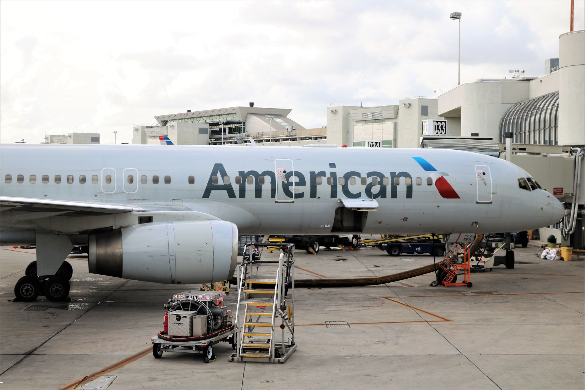 American Airlines 757 American, Cargo airlines