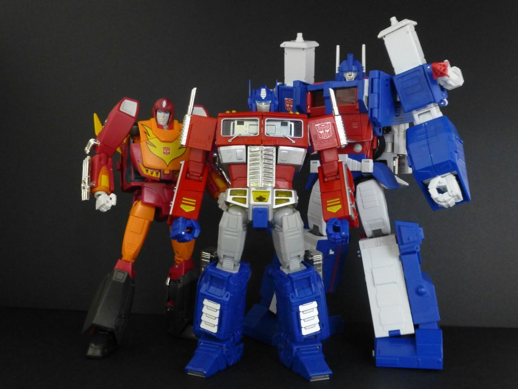 transformers masterpiece mp-22 ultra magnus with mp-09 rodimus