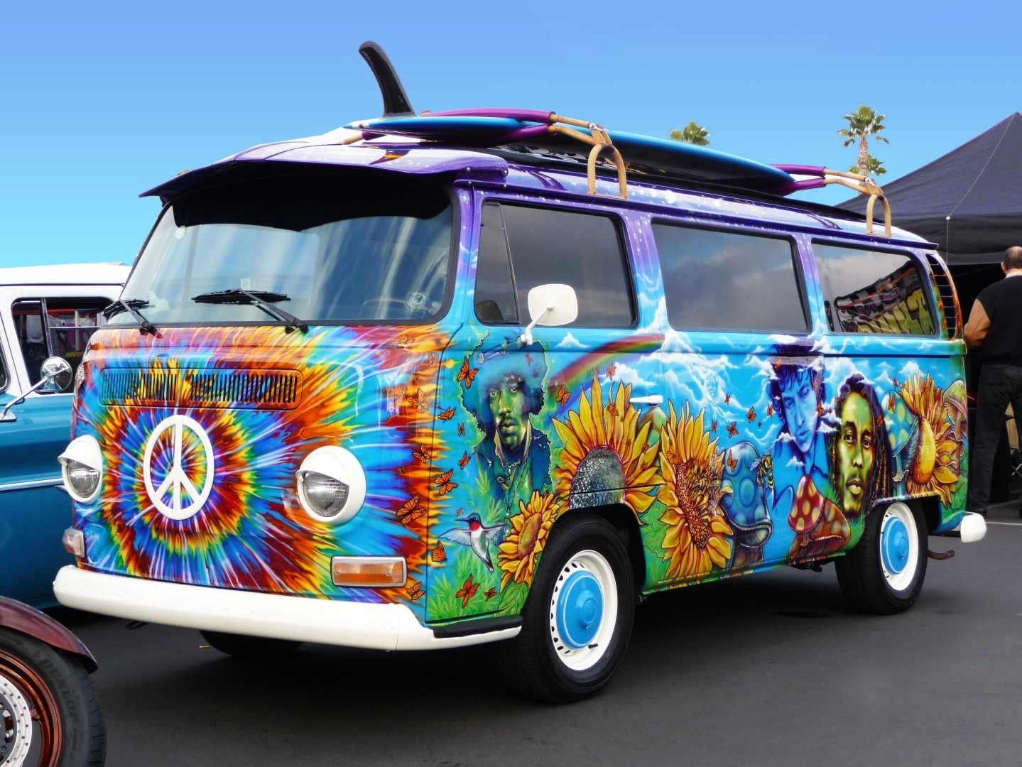 Loose Cannon Customs | 1972 VW Hippie Bus