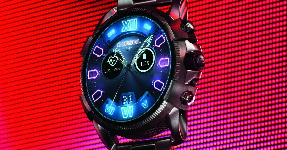 Forget Version 2 0 Diesel S New Watch Is So Advanced It S Version 2 5 Smart Watch Digital Trends Apple Smartphone