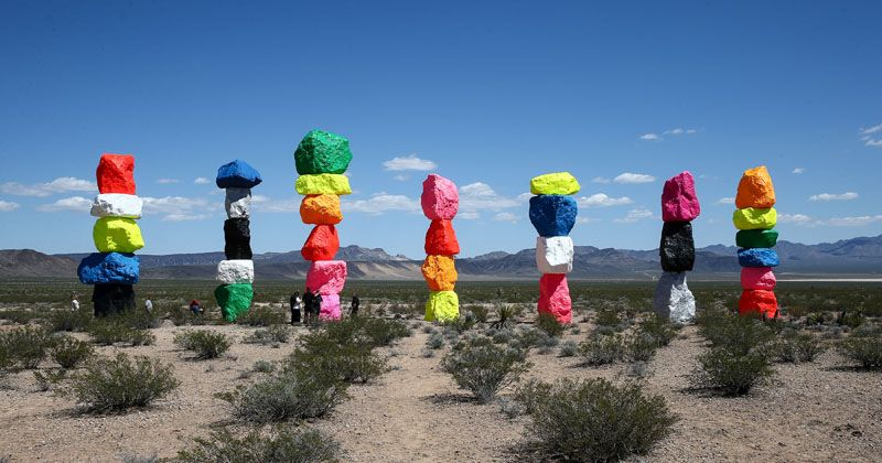 Stacks Of Colorful Rocks Have Appeared In The Desert Near Las Vegas Contemporist Ugo Rondinone Seven Magic Mountains Colorful Art Installations