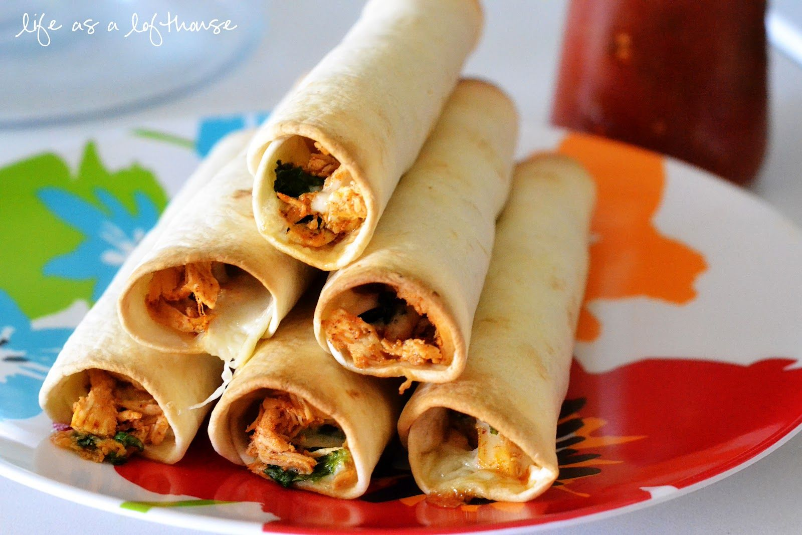 Life as a Lofthouse (Food Blog): Baked Chicken and Spinach Flautas