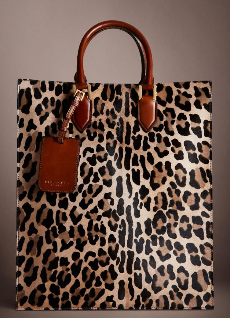 ba19285cace1 Burberry Spotted Animal Tote | Burberry in 2019 | Fashion, Bags ...