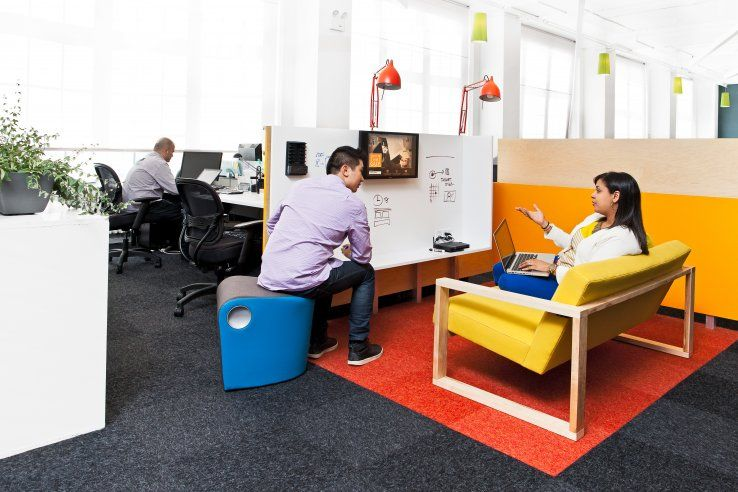 Liveperson Headquarters In Nyc By Mapos Startup Office Design Office Interior Design Startup Office