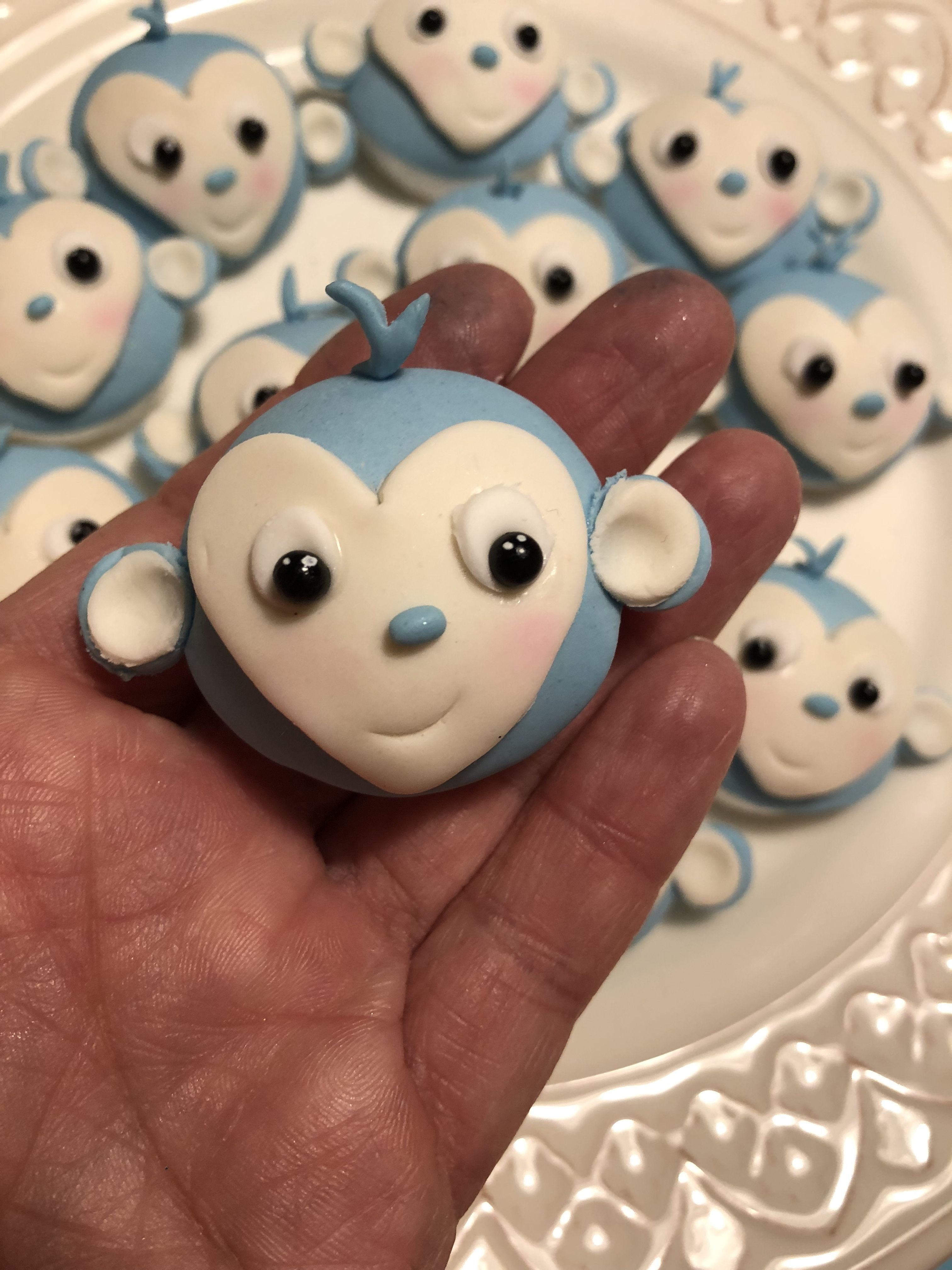 Monkey cupcake topper | Bakverk
