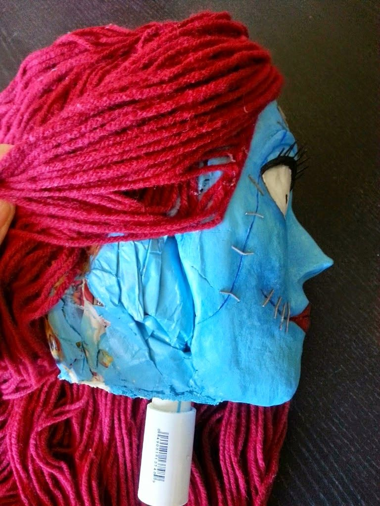 This is a tutorial on how to make a life-size Sally the rag doll ...