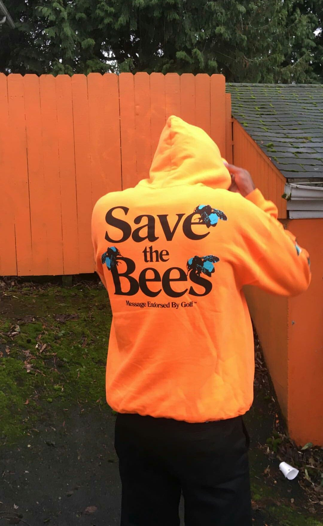 4c255105e388b4 Save the bees. Tyler