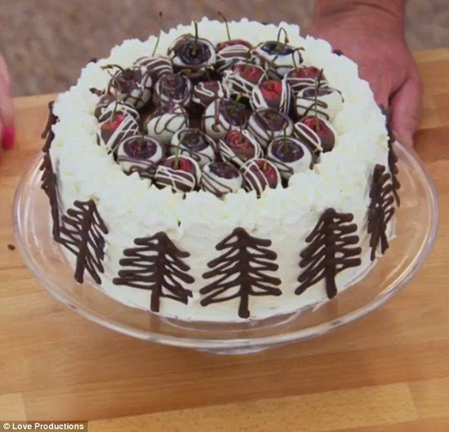 FEMAIL makes six of the GBBO Masterclass bakes in