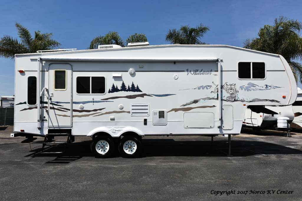 Forest River 2006 Wildcat F27 5th Wheel Travel Trailers Wheels