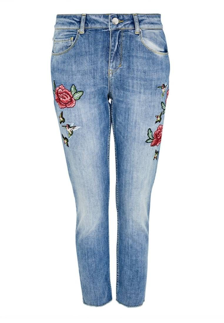 Hallhuber Jeans Slim Fit Light Blue Denim Details Fransen Verschluss Verdeckter Zip Fly Beininnenlange 68 Cm Bei Light Blue Denim Clothes Design Clothes
