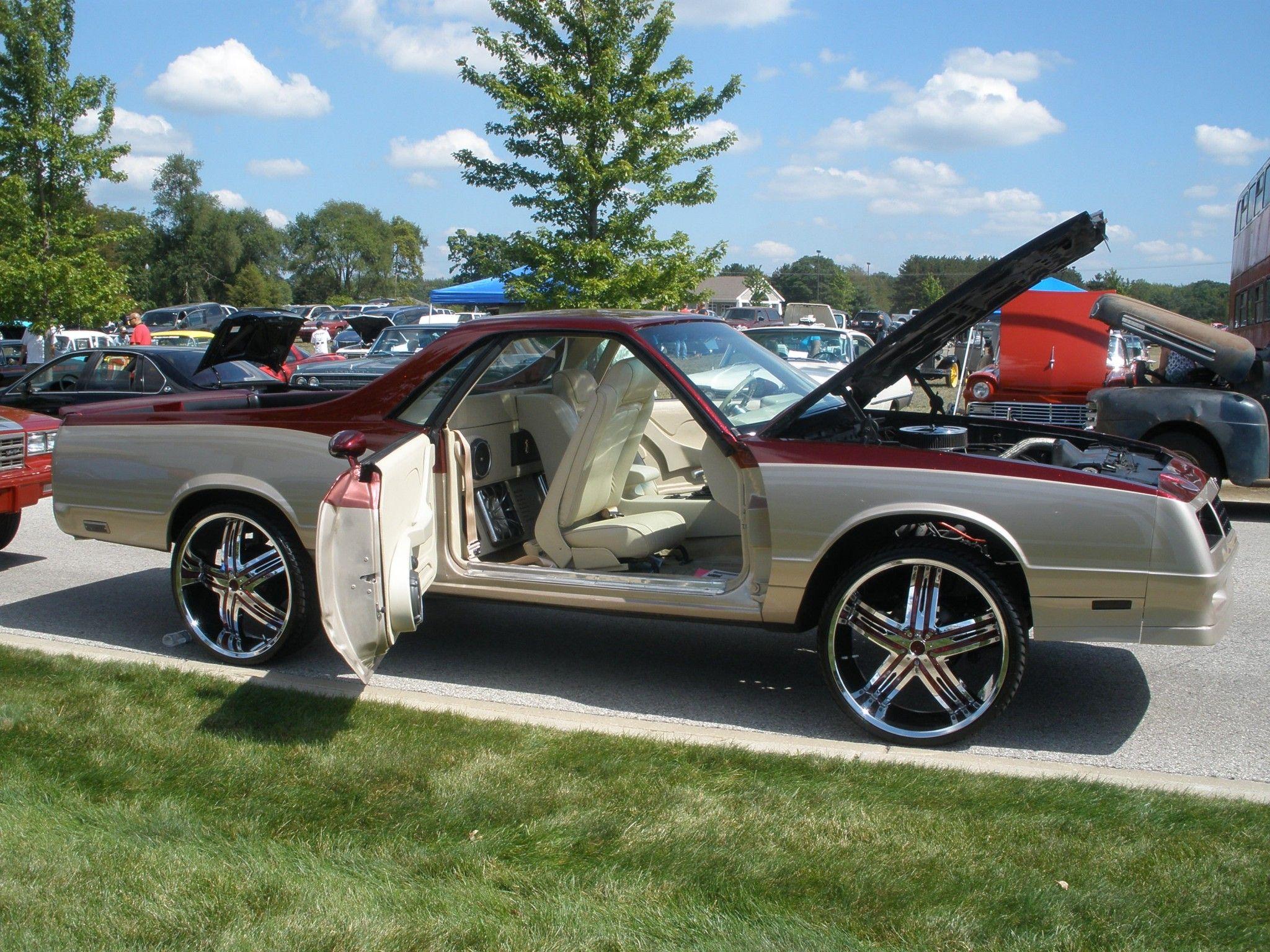 30 inch rims on impala box chevy on 30 inch ballers wheels big rims custom wheels [ 2048 x 1536 Pixel ]