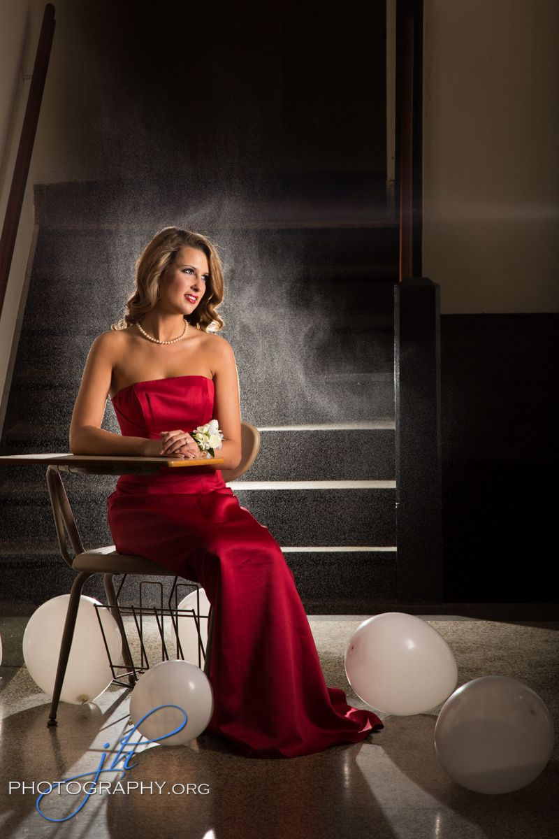 Senior pictures in Toledo Ohio by www.jhphotography.org feature an ...