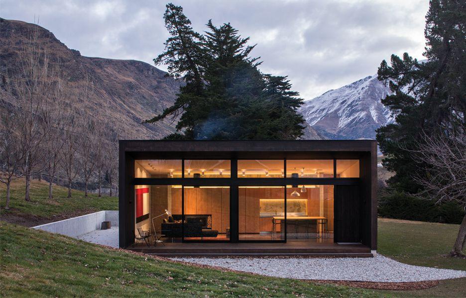 Balfour Cottage | Australian Design Review | Small house ...