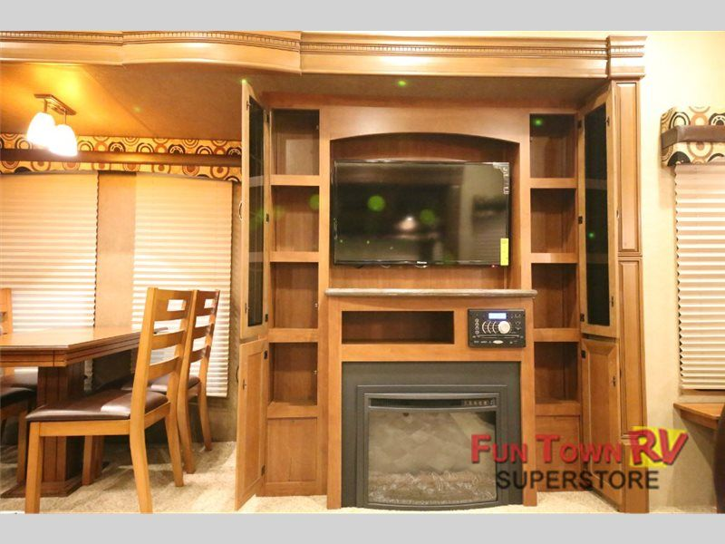 New 2015 Forest River RV Sandpiper 35ROK Fifth Wheel at Fun Town RV | Cleburne, TX | #134099