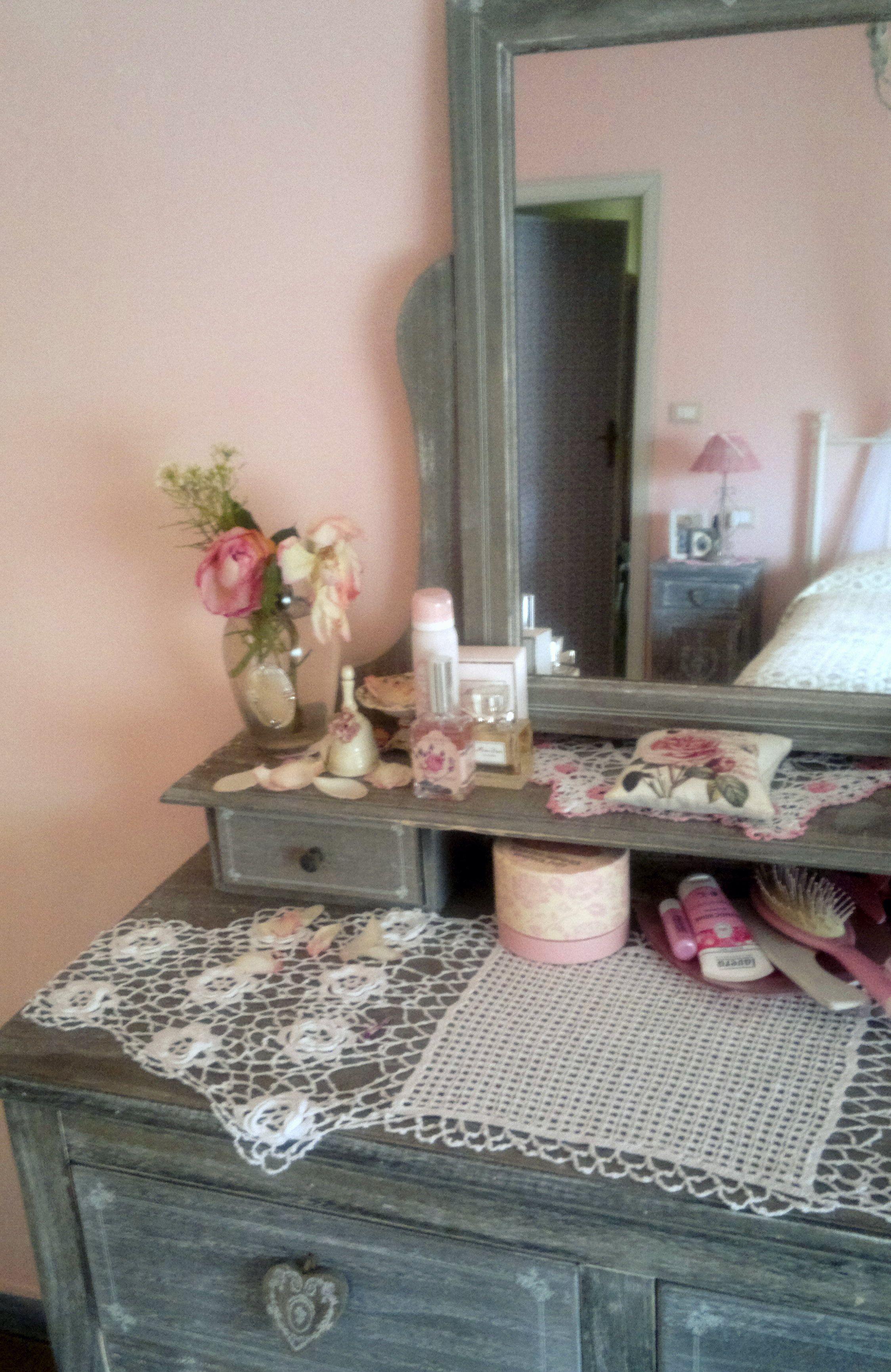 on the dressing table camille maisons du monde detail. Black Bedroom Furniture Sets. Home Design Ideas