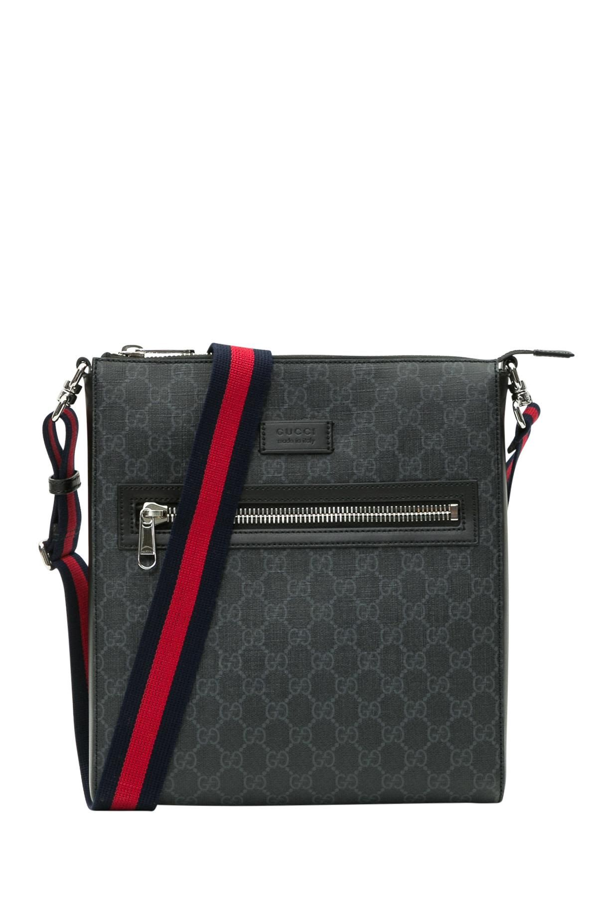 8dddda6d3b3 GUCCI GG SUPREME MESSENGER. #gucci #bags #canvas #leather #lining ...