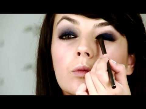 Maquillaje Ojos ahumados en azul by Lu0027Oréal Paris   Cosmetologas