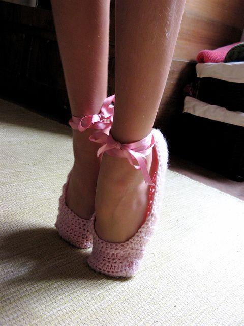 Sweet Ballet Slippers: free pattern | Crochet LOVE! | Pinterest ...
