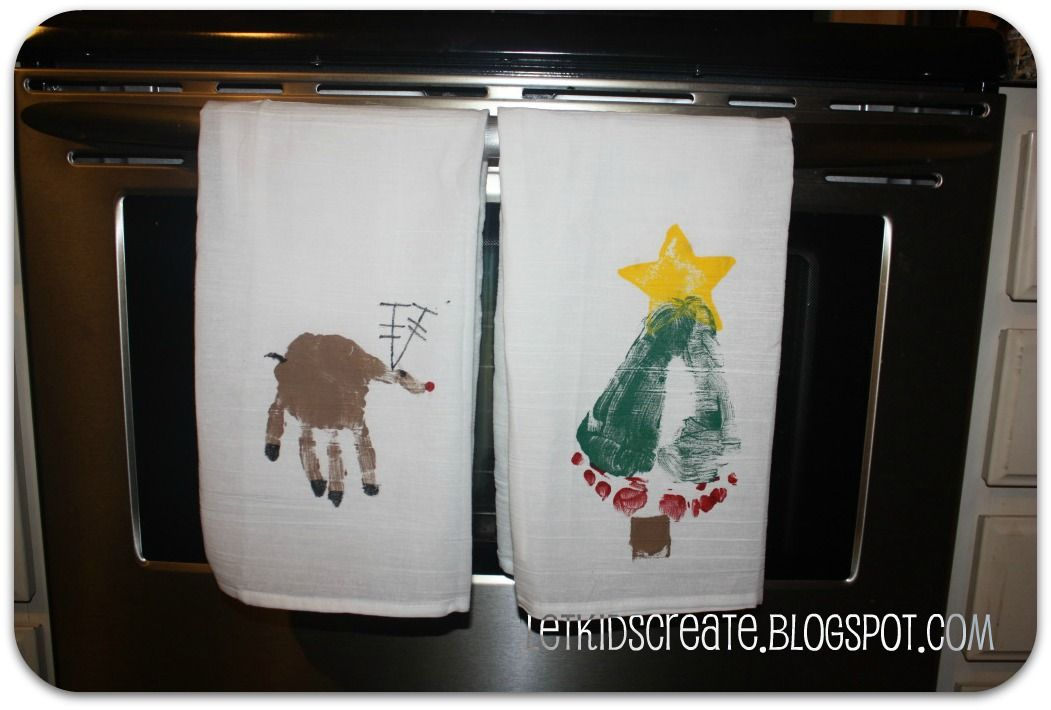 Hand and foot stamped christmas dish towels the grandparents will let kids create homemade gift hand and foot stamped dish towels i see christmas gifts solutioingenieria Image collections