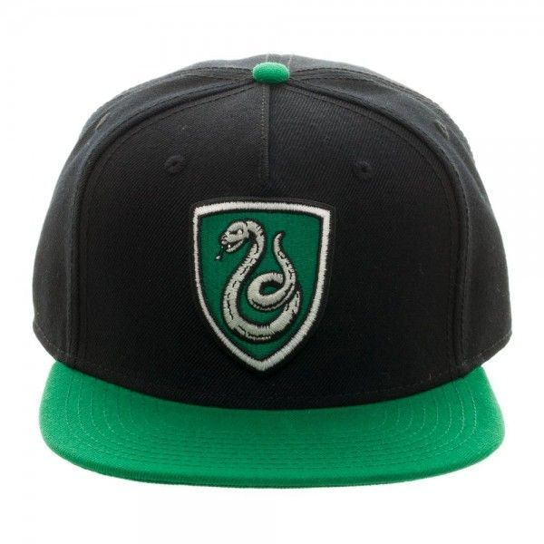 Get it at Kirin Hobby! (UPC/EAN: 190371197192) Harry Potter: Slytherin Crest Snapback Cap [Cap, Hat, Headwear]