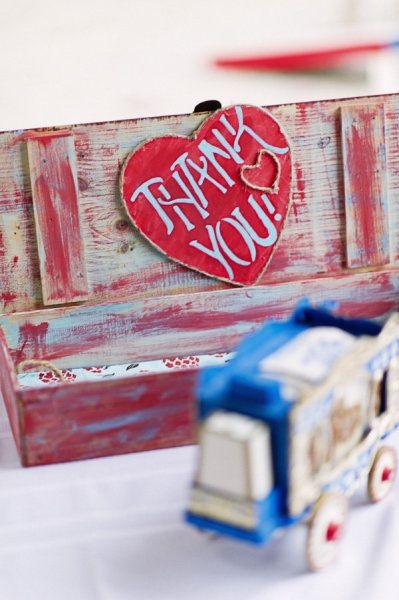 Thank-you box