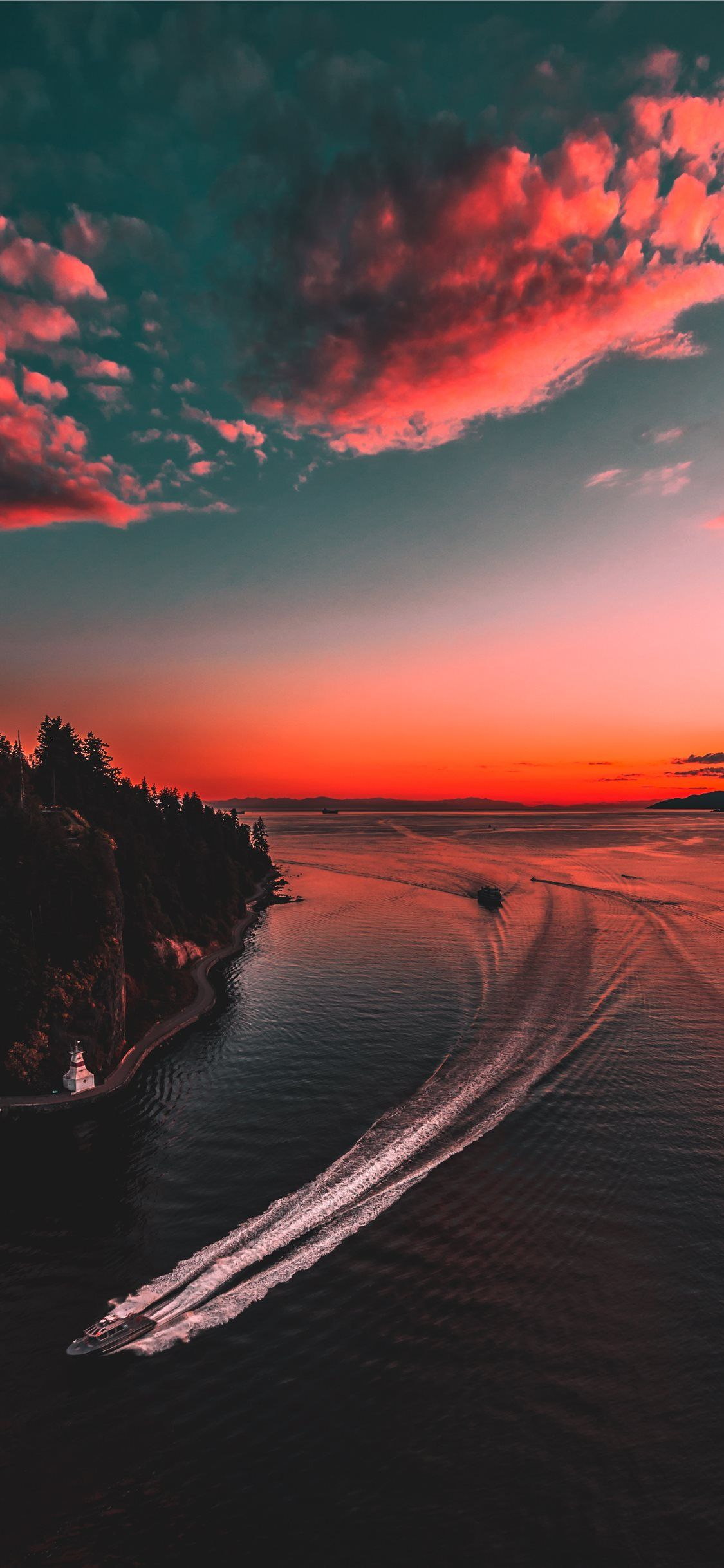 Jetski On Body Of Water Sky Nature Sunset Landscape Vancouver Canada Iphone11wallpaper In 2020 Sunset Wallpaper Iphone Wallpaper Images 4k Background