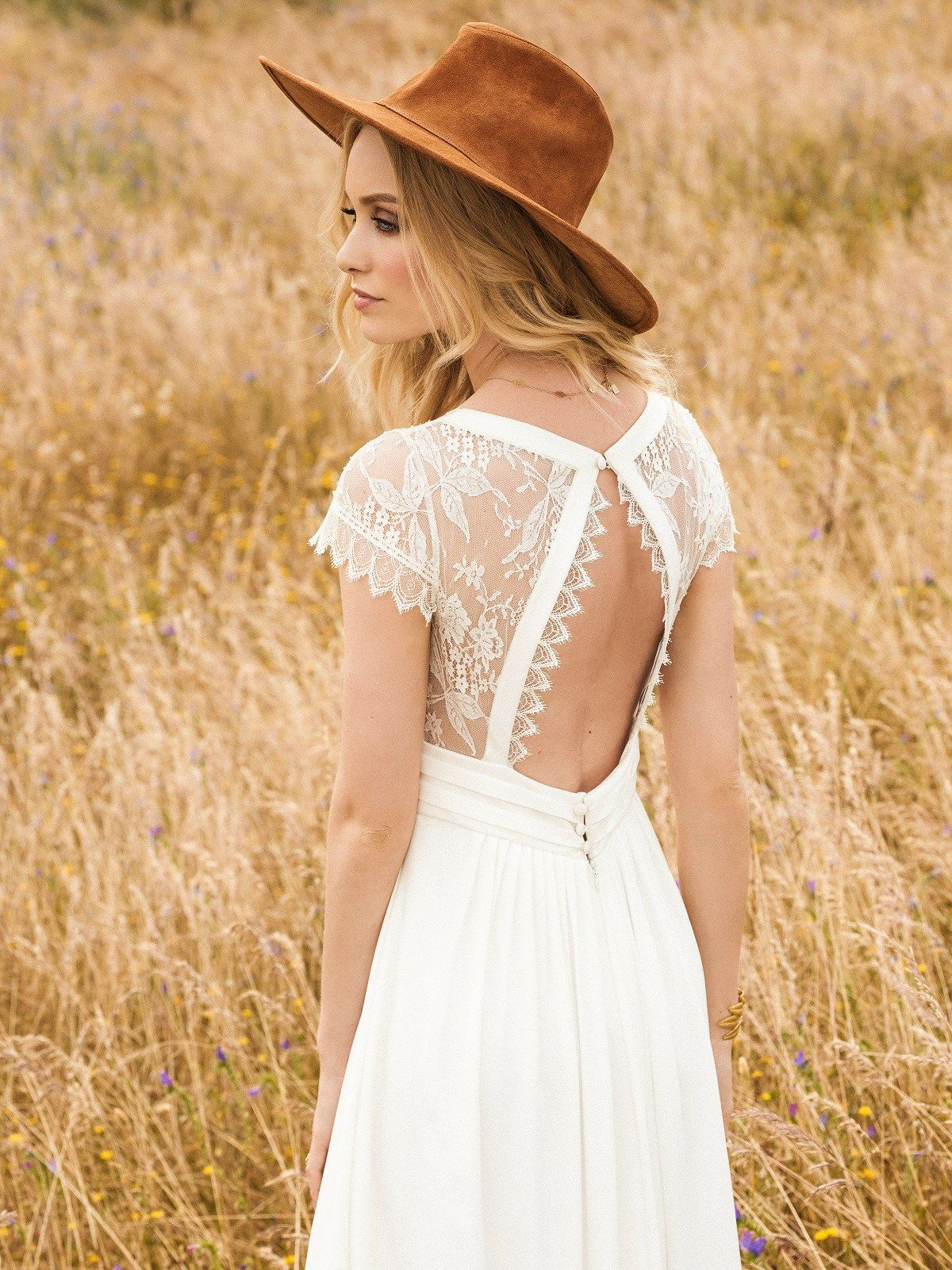 Rembo Styling Bohemian Chic Bridal Style in the New 2017