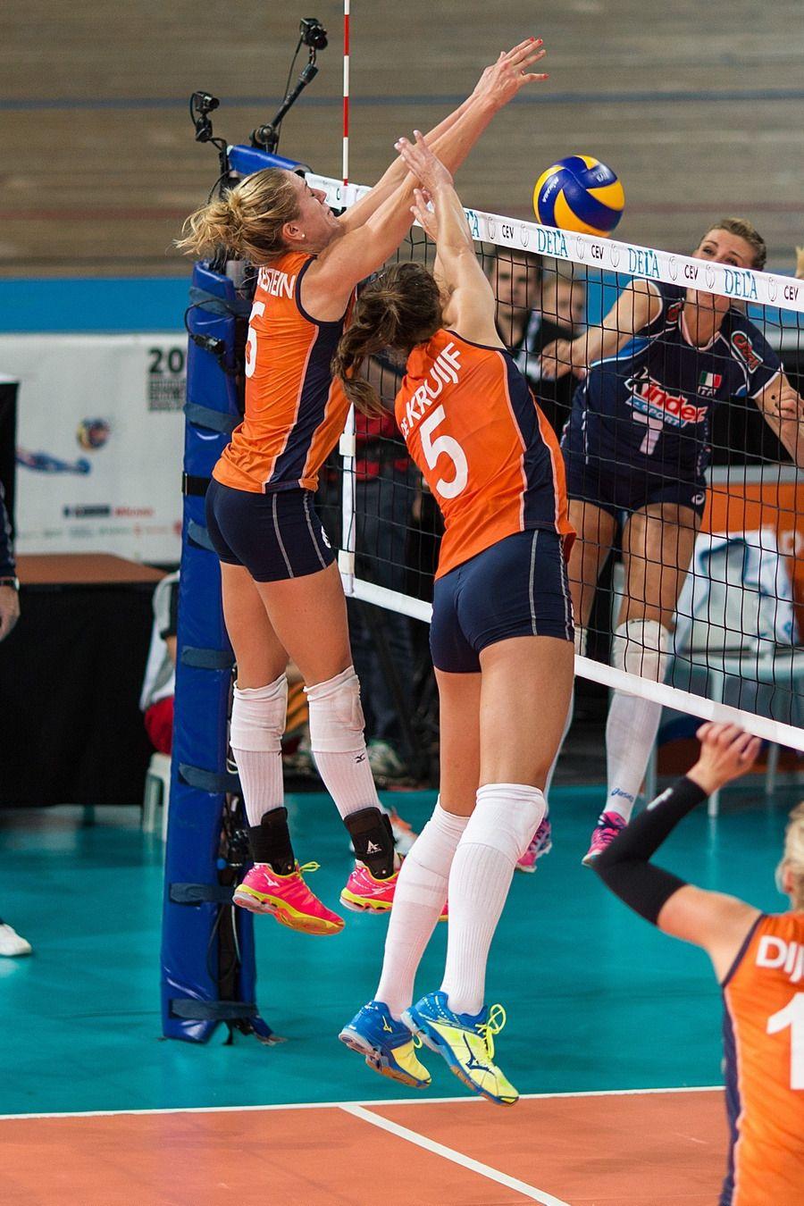 Maret Balkestein Grothues And Robin De Kruijf 2015 European Championship Voleibol Robin Deportes