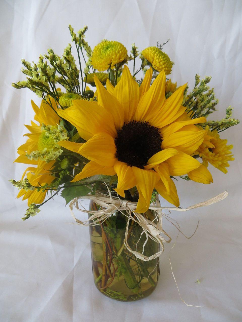 Country lemonade sunflowers in mason jar in 2020 table