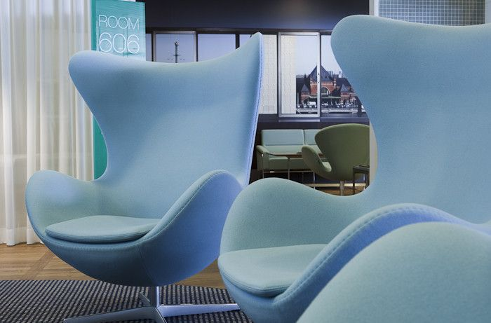 Egg Chairs At The Copenhagen Airport Con Imagenes