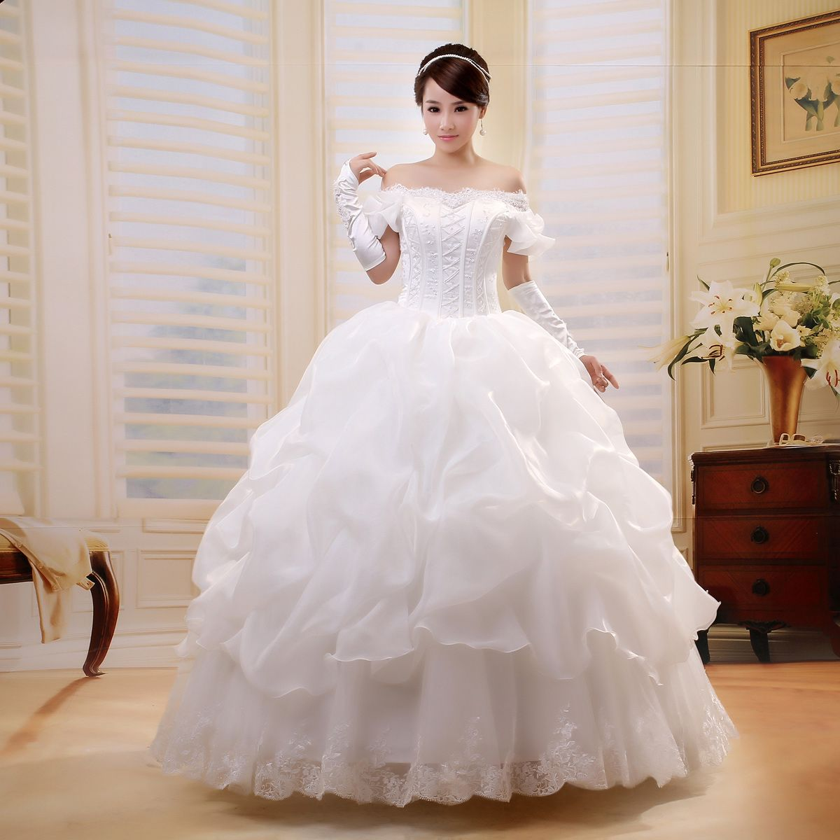 Princess Ball Gowns | ... Up Princess Bride Wedding Dress Floor ...