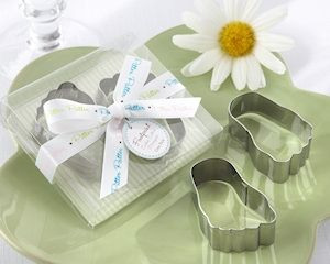 Baby Footprint Cookie Cutter Favors (Package of 2) | Buy at All About Gifts & Baskets (http://www.aagiftsandbaskets.com/baby_footprint_cookie_cutters_package_of_2.html)
