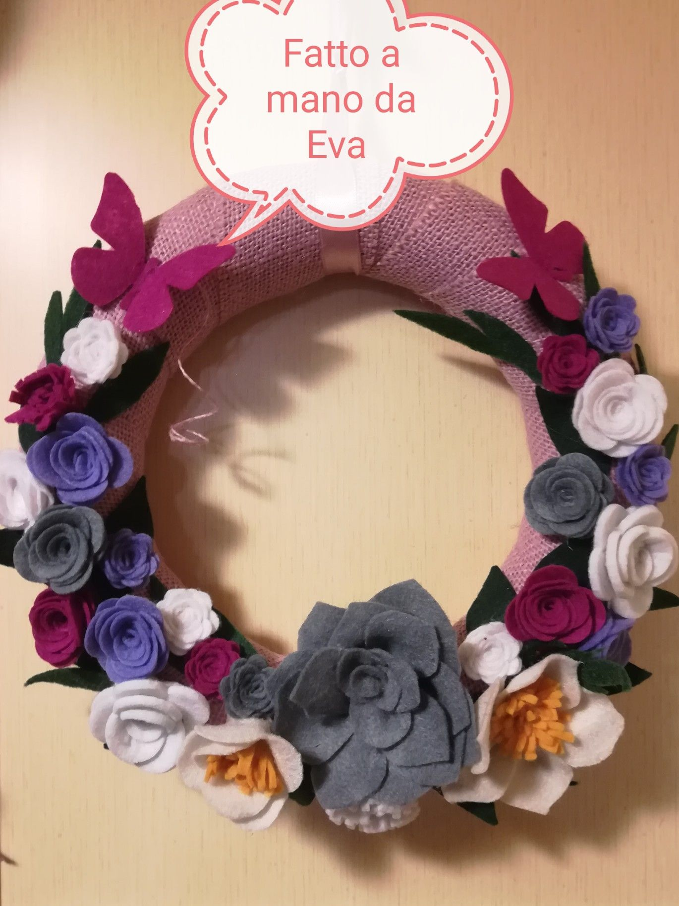 Photo of Wreath outside spring