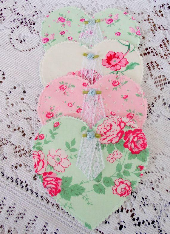 Set of Four 4 Fabric Heart Coasters Mug Rug di RosePetalBlessings
