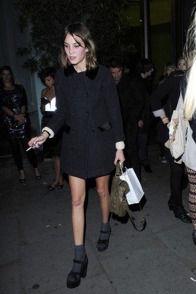 black peter pan coat, grey socks and black platforms. = perfection #fashion
