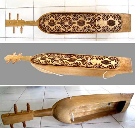 Sapek, traditional musical instrument of Dayak people in Kalimantan, Indonesia. Its moving sound always reminds me of birthplace island