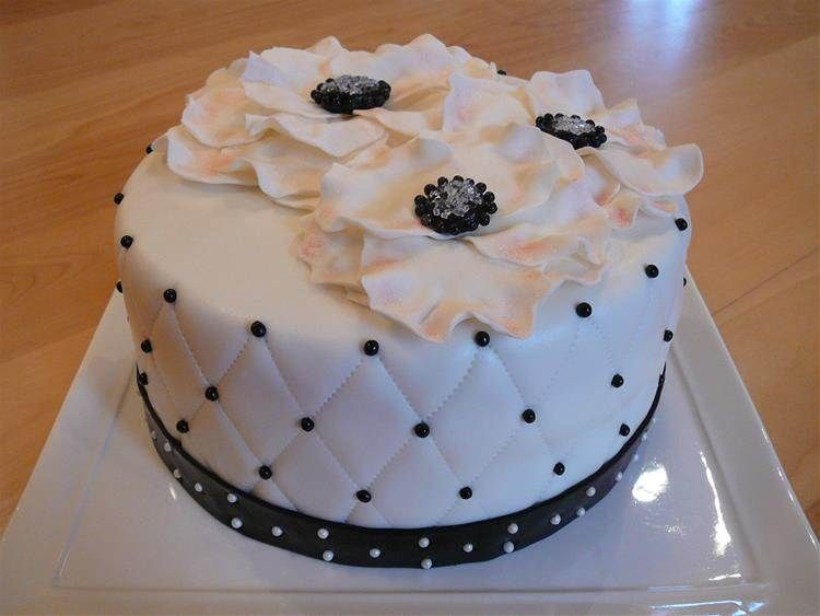 Elegant Birthday Cakes For Women Bing Images Cakes Pinterest