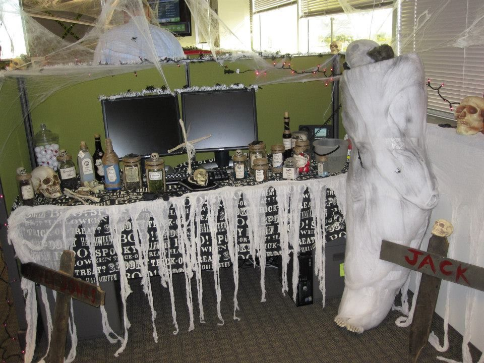 Halloween Cubicle Decorations If you don\u0027t mind not having access - halloween desk decorations