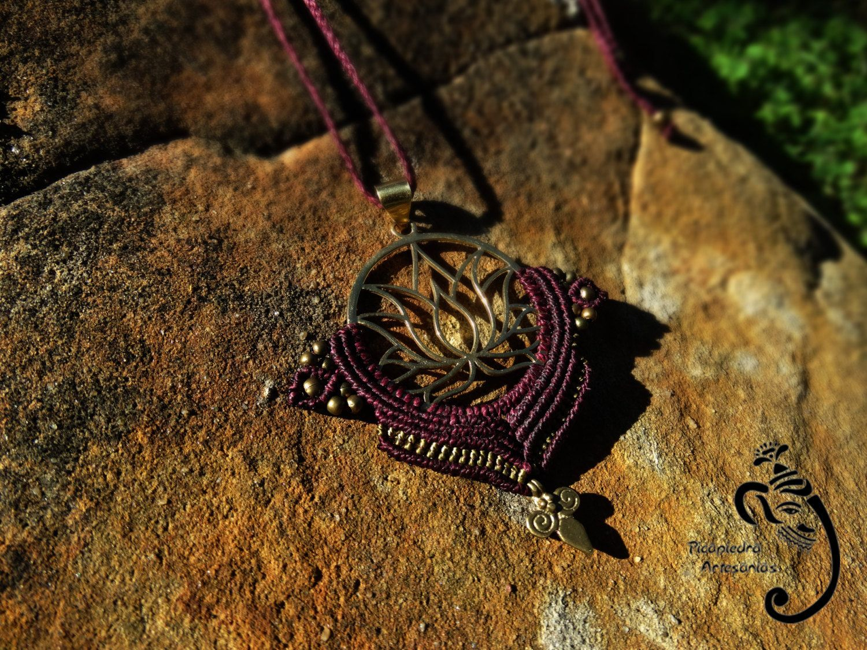 Macramé necklace bronze center lotus flower and beads bronze