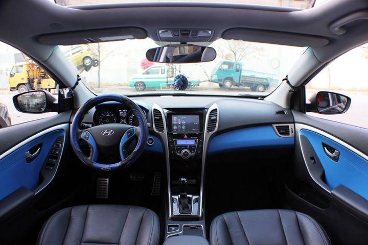 Hyundai Genesis I30 Coupe Blue Grey And Black Interior Custom I30 I30 Hyundai Carros